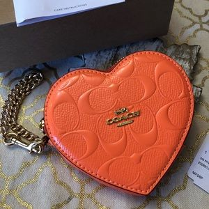 new Coach Signature Heart Coin Case